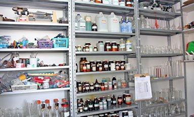 QUIE0308: Operaciones Auxiliares de Almacén en Industrias y Laboratorios Químicos